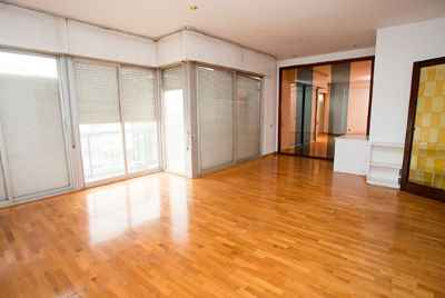 Spacious apartment in the luxury district of Barcelona